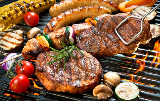 How to Eat Healthy at a BBQ Post Image